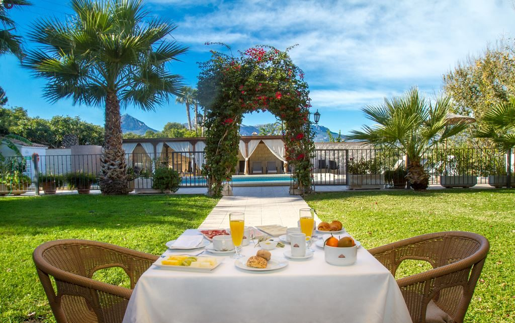 hotel tossal altea desayuno breakfast servicios services 2