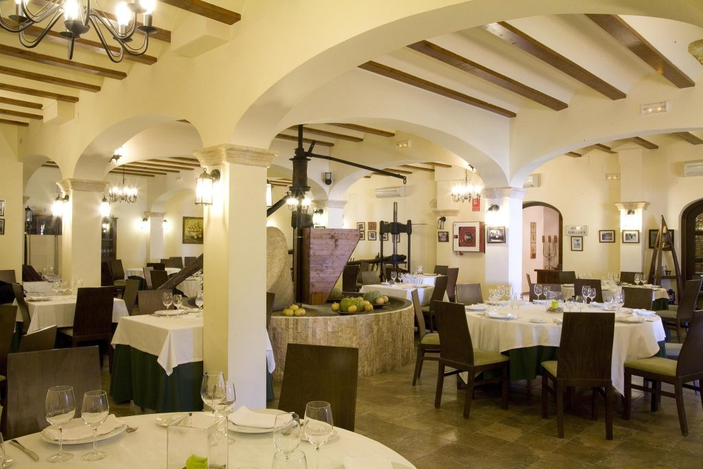 tradition Salon Comedor Dining Room Hotel Tossal Altea