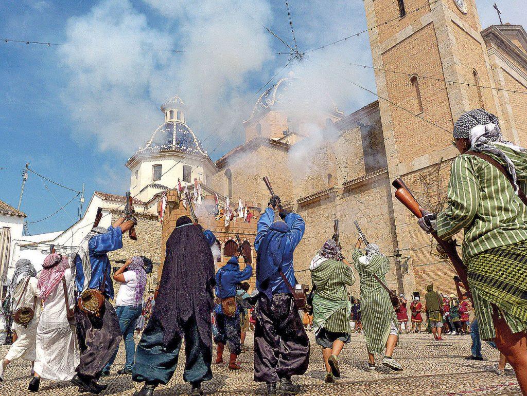 Altea en septiembre: Fiestas Mayores y de Moros y Cristianos