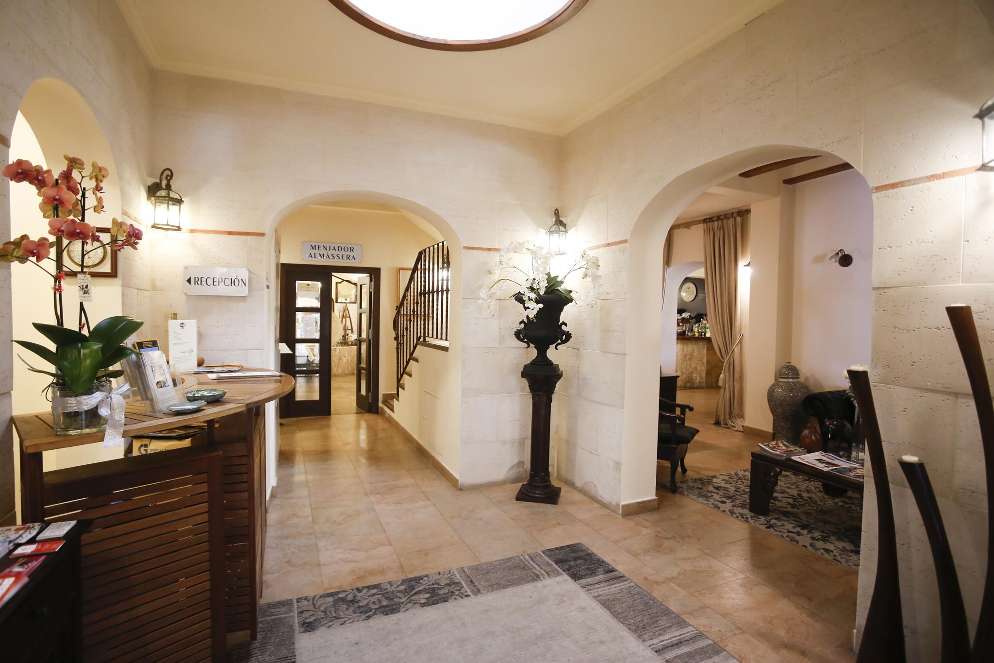 Entrada Recepcion Reception Hotel Tossal Altea
