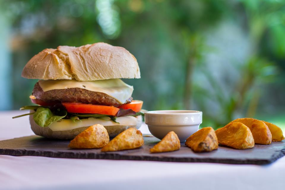 Hamburguesa burger restaurante restaurant Hotel Tossal Altea