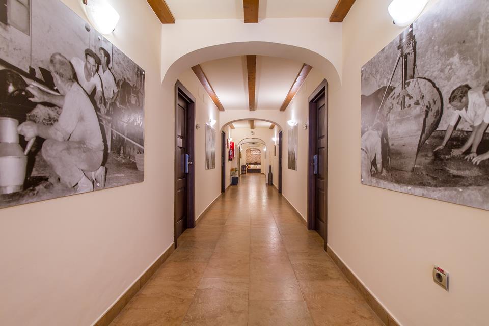 pasillo habitaciones Hotel Tossal Altea 1