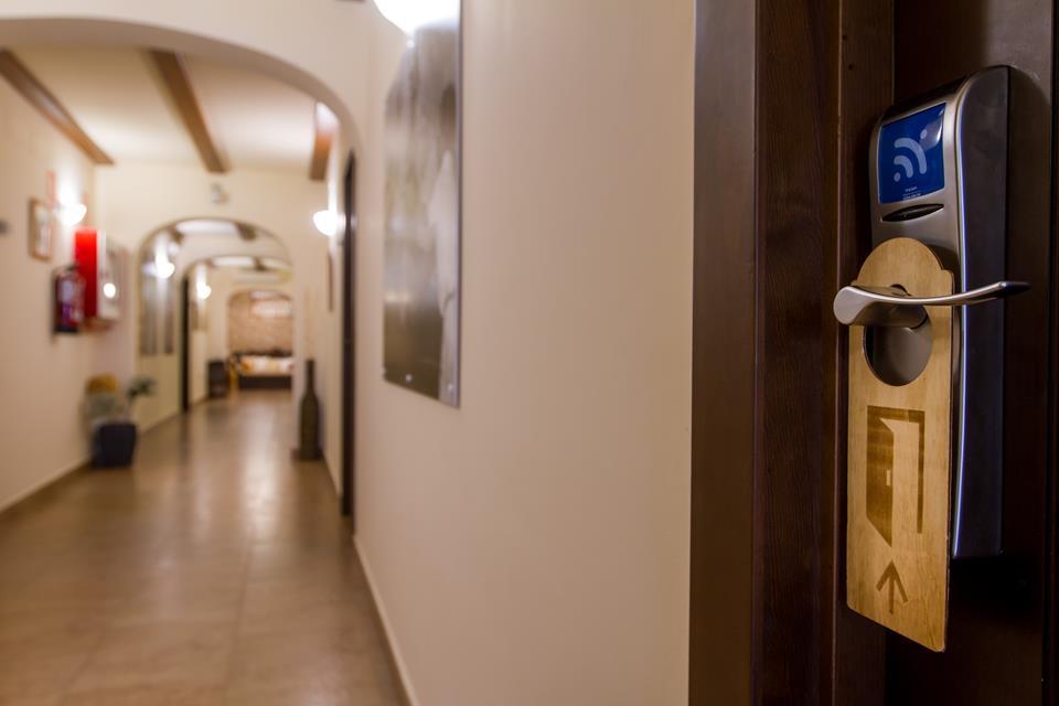 reservar book pasillo habitaciones Hotel Tossal Altea 2